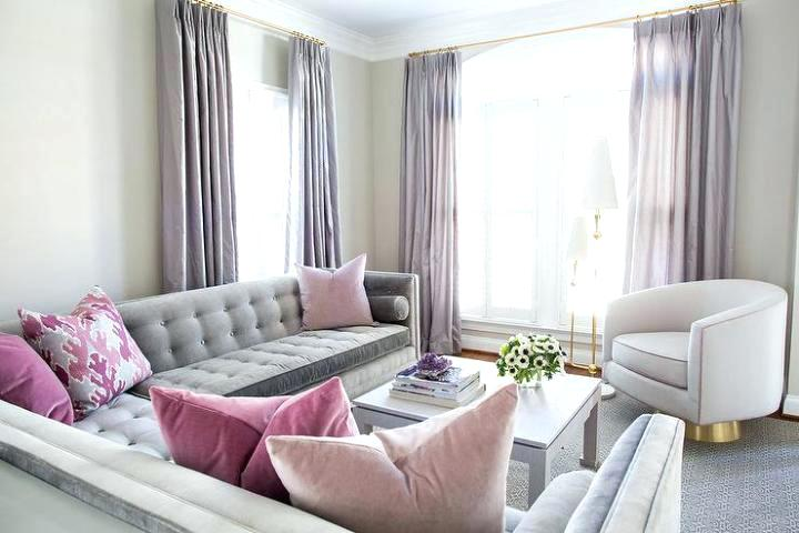 In The Room Below We Find Understated Elegance You Get When Combining Grey With Pink A Sofa Accented Throw Pillows Is Both Inviting And